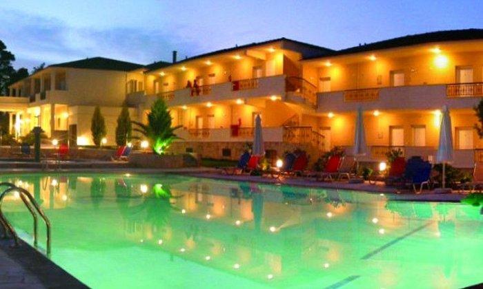 Προσφορά από 35€ ανά διανυκτέρευση με Ημιδιατροφή για 2 ενήλικες και 1 παιδί έως 5 ετών Ισχύει έως 30/09 στο Paradise Hotel