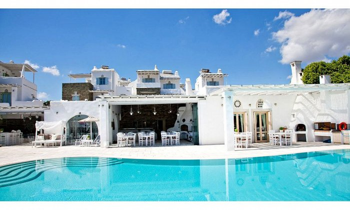 Προσφορά από 53€ ανά διανυκτέρευση (Κυρ.-Πέμ.) με πρωινό για 2 ενήλικες Ισχύει έως 31/10 εκτός 28η Οκτωβρίου στο Anthea Boutique Hotel Tinos
