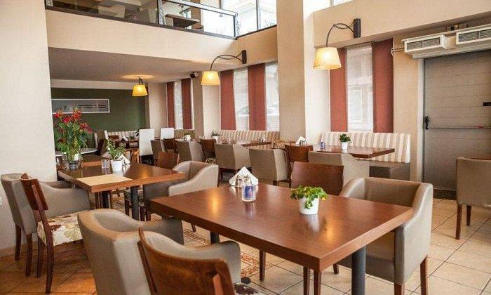 """10€ για ένα υπέροχο γεύμα ή δείπνο για 2 άτομα με ελεύθερη επιλογή από τον πλούσιο κατάλογο από το εστιατόριο """"Εσπερίδες"""""""
