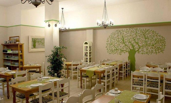 """10€ από 20€ για ένα γεύμα για 2 άτομα με ελεύθερη επιλογή από τον κατάλογο, στο """"Ψωμί και Ελιά"""" στη Σουρωτή"""