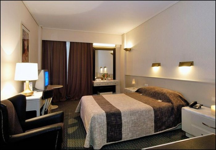 Προσφορά 28η Οκτωβρίου από 55€ ανά διανυκτέρευση με πρωινό για 2 ενήλικες και 1 παιδί έως 7 ετών Ισχύει έως 31/01 και για 28η Οκτωβρίου, εκτός Χριστούγεννα / Πρωτοχρονιά στο 4* Astir Hotel