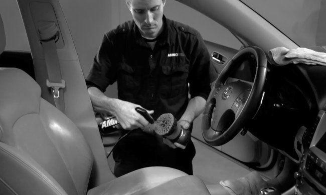 25€ για έναν ολοκληρωμένο βιολογικό καθαρισμό αυτοκινήτου με εξωτερικό πλύσιμο από το Cyclon Car Wash στη Χαριλάου