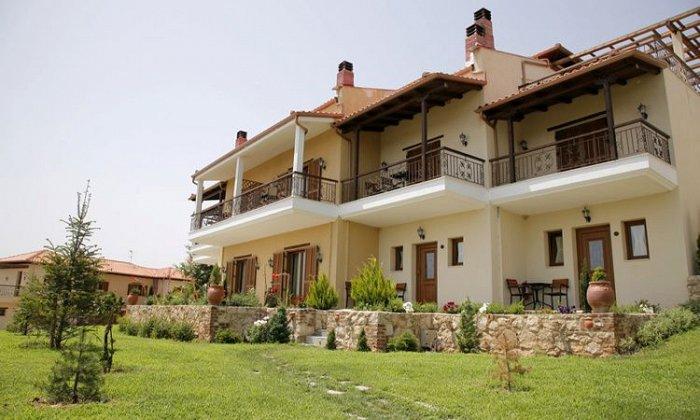 Προσφορά από 60€ ανά διανυκτέρευση με πρωινό για 2 ενήλικες και 1 παιδί έως 6 ετών Ισχύει έως 31/10 εκτός 28η Οκτωβρίου στο Epavlis Hotel