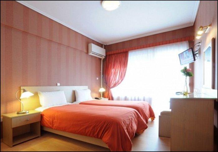 Προσφορά από 50€ ανά διανυκτέρευση με πρωινό για 2 ενήλικες και 1 παιδί έως 5 ετών Ισχύει έως 20/12 εκτός 28η Οκτωβρίου στο Ξενοδοχείο στη Χαλκίδα