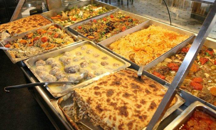 5€ για να απολαύσετε μαγειρευτό φαγητό για 1 άτομο με 1 κυρίως πιάτο και ότι ορεκτικό ή σαλάτα επιθυμείτε